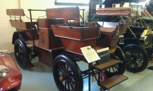 1908 Studebaker Electric carry-all